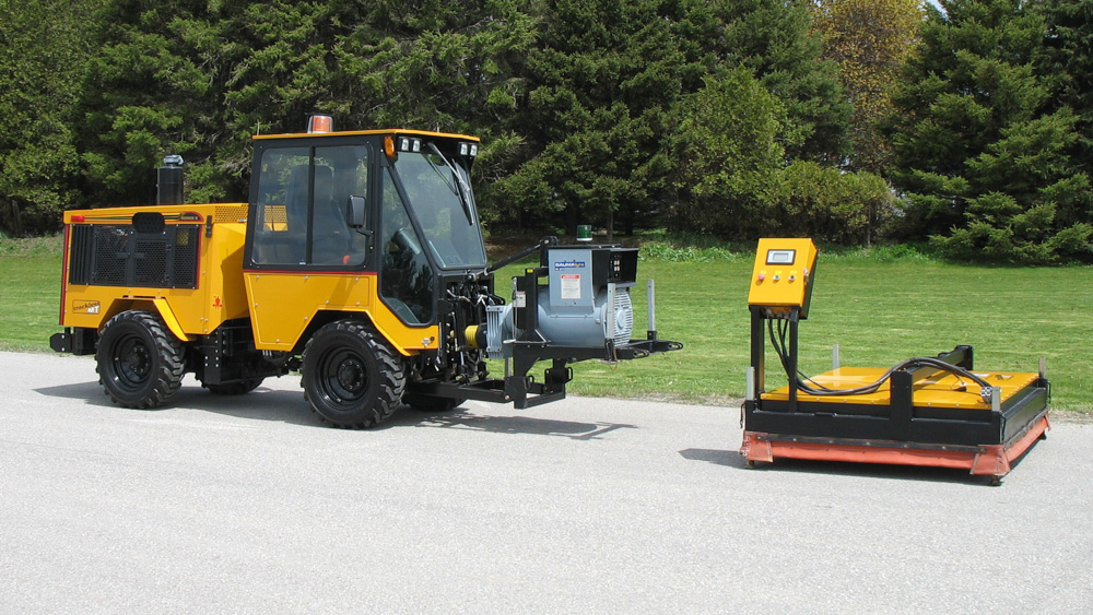 trackless vehicles infrared asphalt heater attachment on sidewalk tractor separated from generator