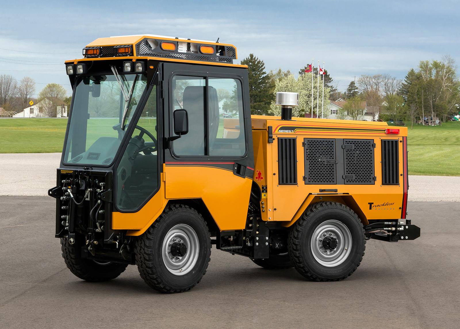 trackless vehicles history mt7 model sidewalk municipal tractor