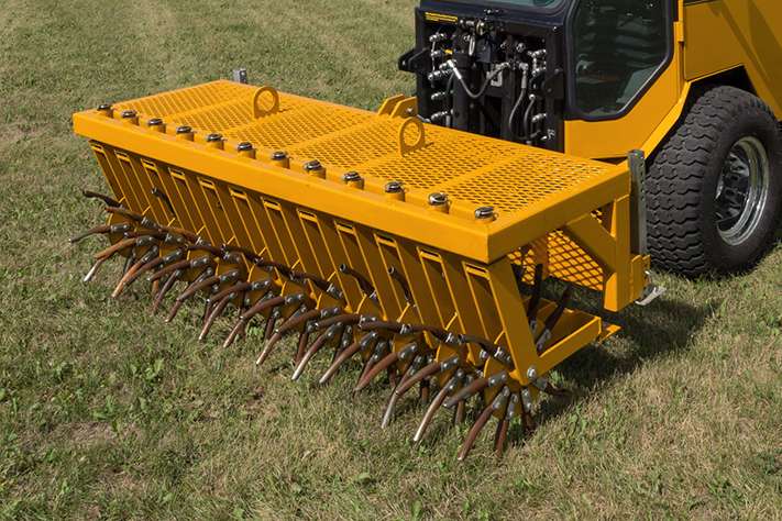trackless vehicles aerator attachment close-up front view